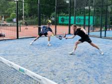 Padel meteen een succesnummer op Dordts tennistoernooi: 'Er zijn al plannen voor een derde baan'