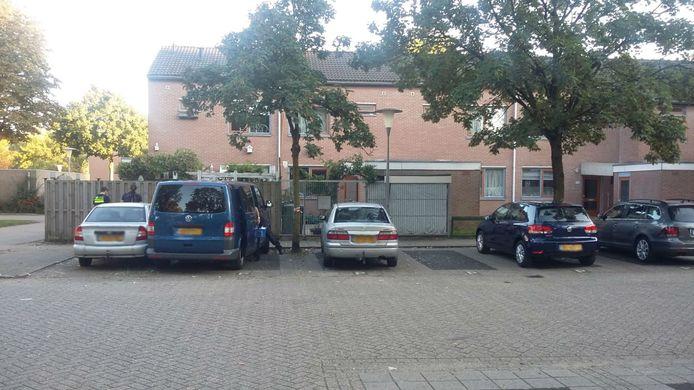 De woning in Arnhem waar enkele van de verdachten zijn aangehouden