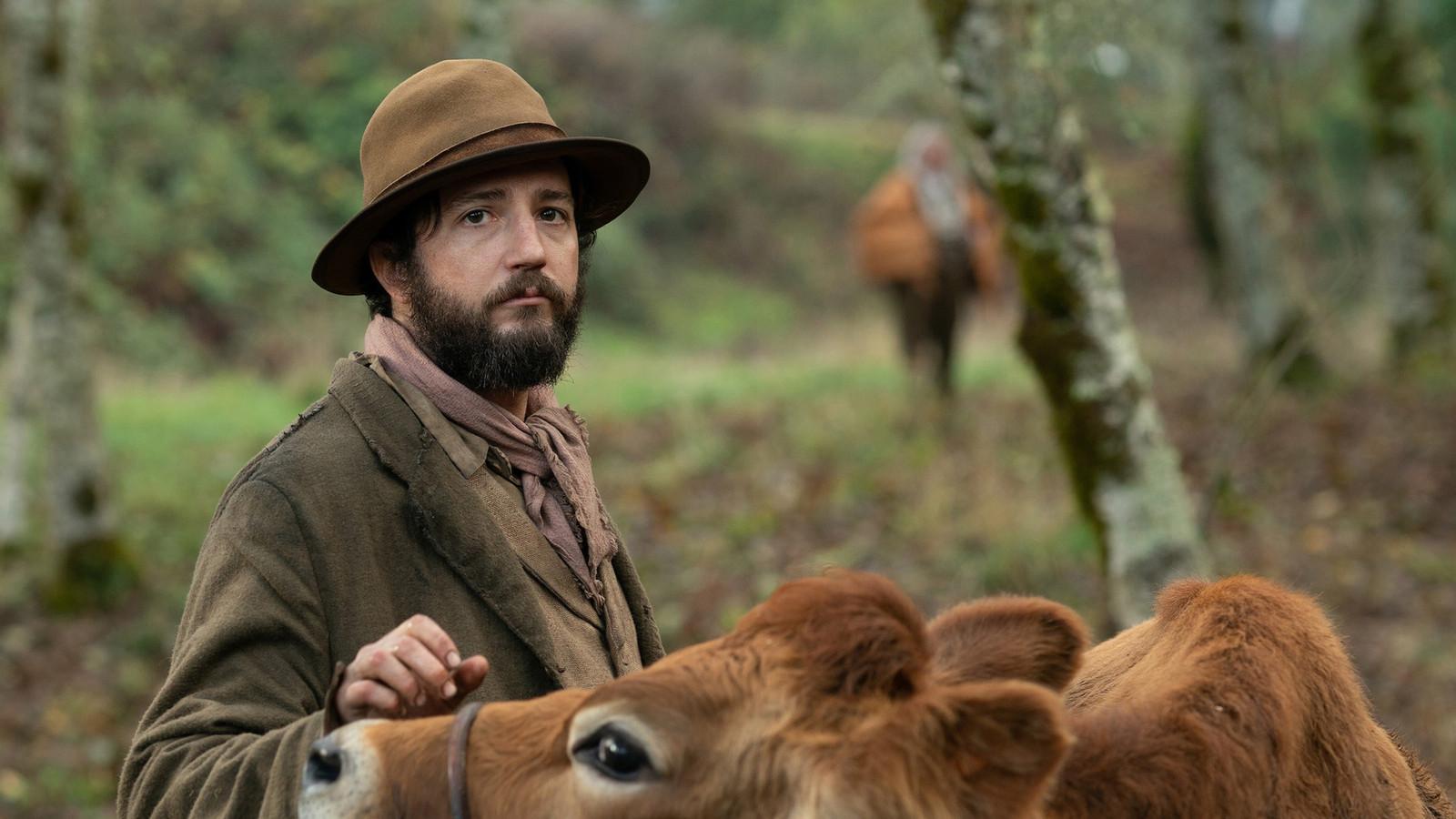 John Magaro in First Cow van regisseur Kelly Reichardt.