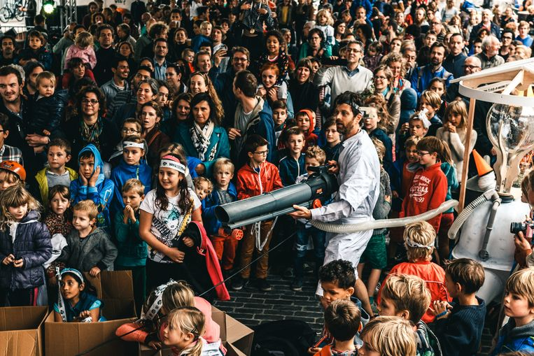 De decibels op een kinderfestival schieten weleens de hoogte in. Beeld RV - Michiel Devijver