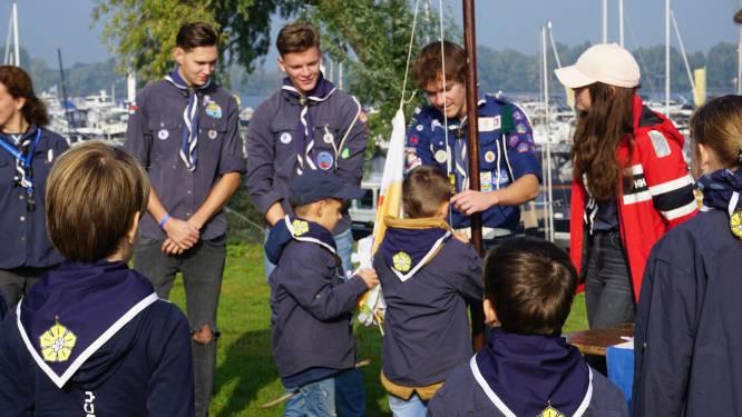Er varen weer jonge zeilers op De Zandmeren; Scouting installeert De Dolfijnen