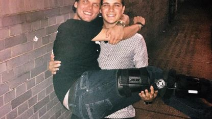 "Martin Garrix herdenkt Avicii op sterfdag: ""Hey brother, miss you"""