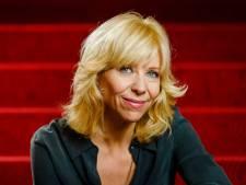 Claudia de Breij ontvangt Schiedamse prijs voor LHBTI-emancipatie