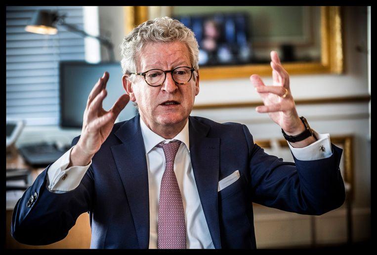 Pieter De Crem: 'De komende jaren zullen onze vakanties eerder naar de Ardennen of de Provence gaan dan naar verre landen met een povere gezondheidszorg.' Beeld Saskia Vanderstichele