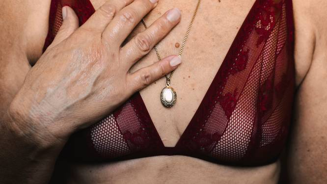 OPROEP. Heb jij een bijzonder verhaal over je borsten?