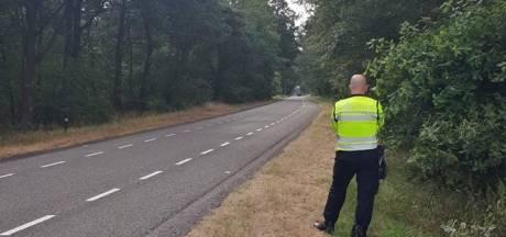 Vijf bonnen bij snelheidscontrole op Luttenbergerweg bij Haarle: 'Het is hier een racebaan'