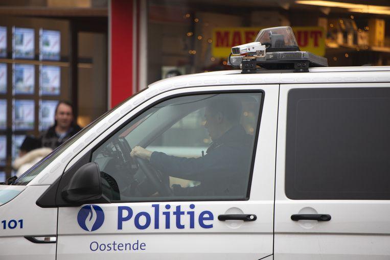 De politie van Oostende legde zaterdagnamiddag een doopfeest stil. Beeld Photo News