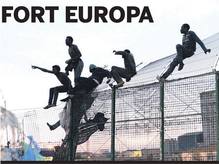 Miljoenen ontvluchten armoede en oorlog. Wat kan Europa meer doen dan hekken bouwen? De Volkskrant onderzoekt de vluchtelingencrisis. Beeld de Volkskrant