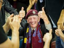 Speciaal tenue Vitesse en lied Ben Saunders voor Airborne-wedstrijd: Geen brug te ver