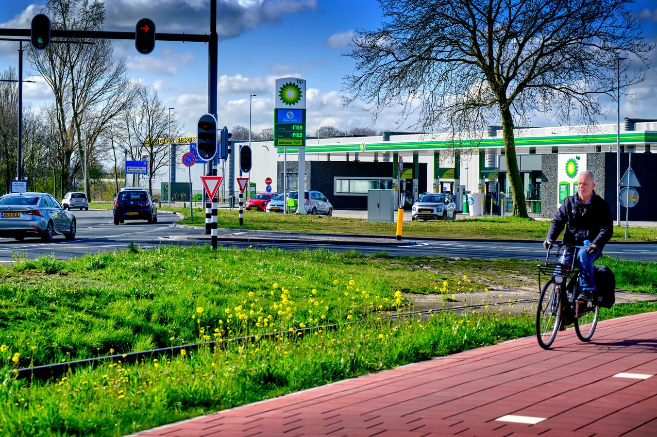 Bij het Dordtse BP-tankstation aan de Laan der Verenigde Naties komt een waterstofstation.