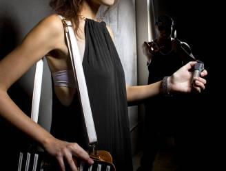 Vrouw (60) spuit pepperspray rond op café in Kortrijk: enkel boete maar wel fikse schadevergoeding