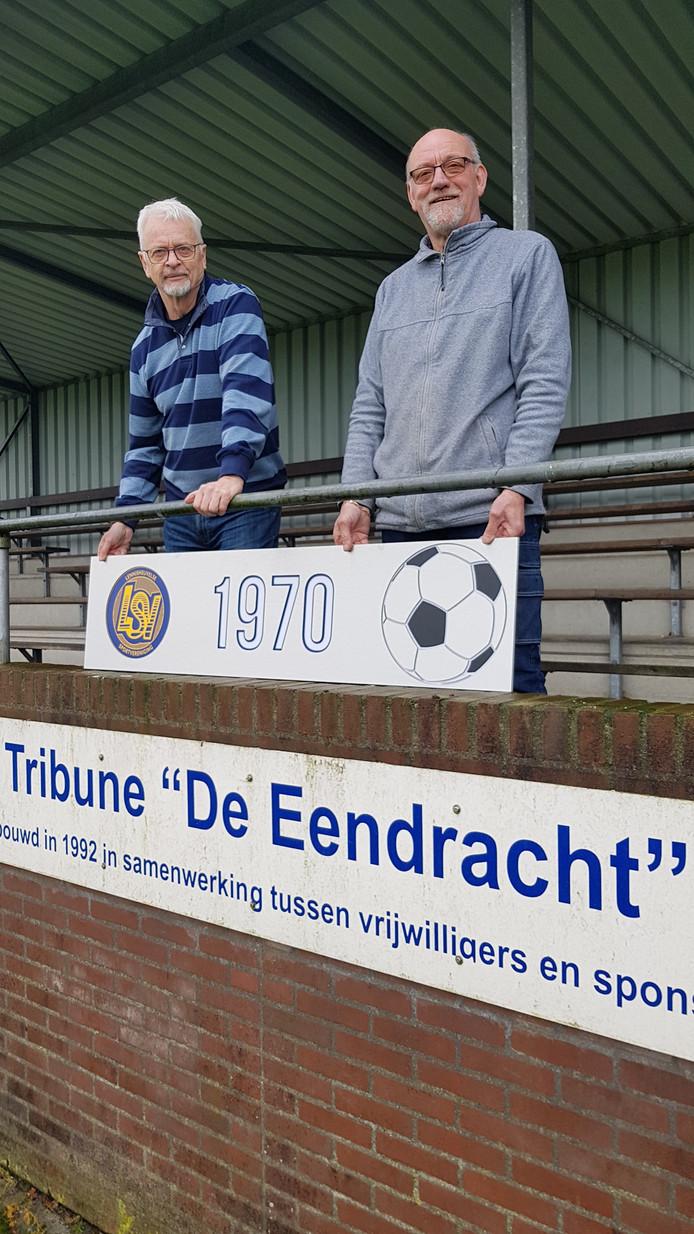 """Johan van de Vorstenbosch en Leo van den Heuvel van LSV : ,,Als we iets bouwen worden we kampioen."""""""