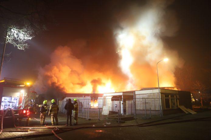 Brand bij voormalig dorpshuis De Koepel in Garderen