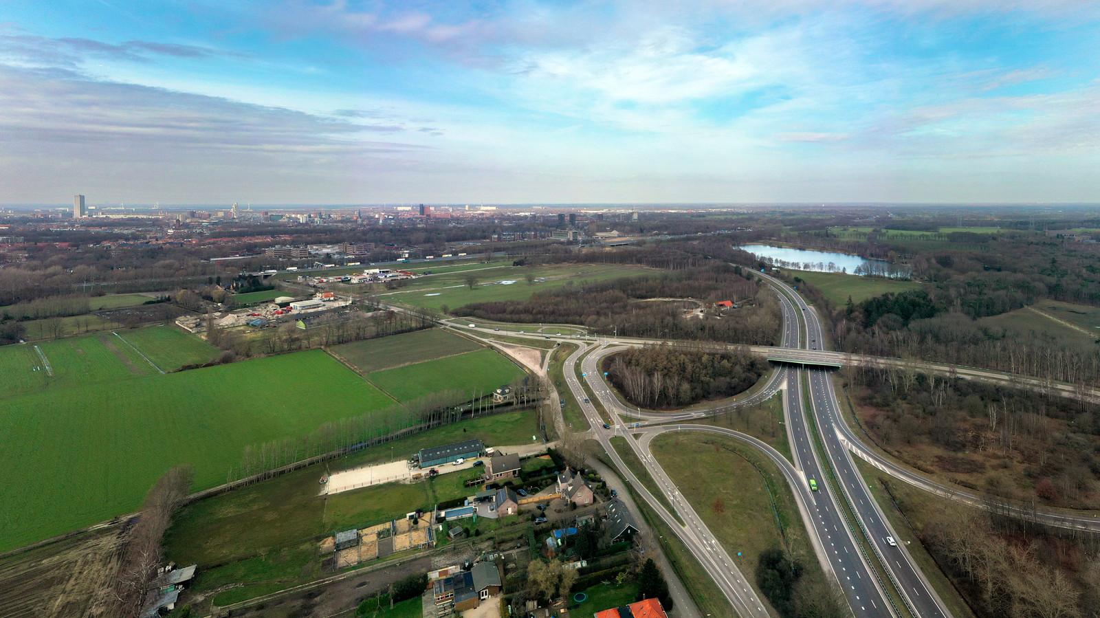 In de driehoek Ambrosiusweg Hilvarenbeek, Provinciale Weg N269 en de A58 moet een upcycle village komen.