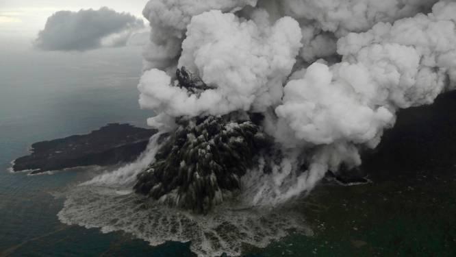 Indonesische vulkaan Anak Krakatau barst uit