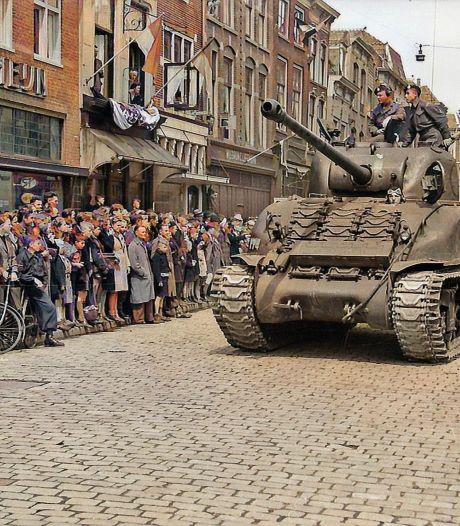 Wauw! Kijk hier (in kleur) hoe de bevrijding van Gouda eruit ziet: 'Tijd van feesten en concerten'