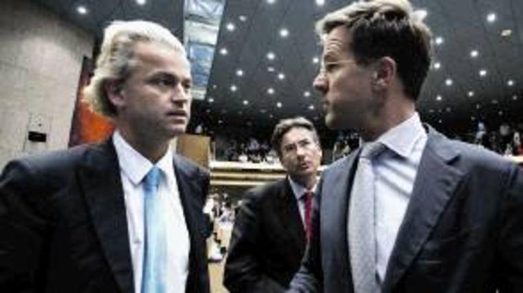 Wilders, Verhagen en Rutte na het debat in de Kamer over het eindrapport van informateur Ruud Lubbers, begin augustus. ( FOTO EPA ) Beeld