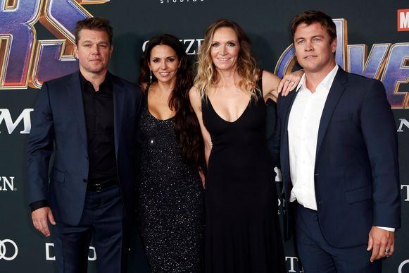 Matt Damon, zijn vrouw Luciana Barroso, Samantha Hemsworth en haar man Luke Hemsworth - ook een broer van Chris Hemsworth, die Thor speelt.