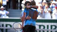 Wawrinka klopt Tsitsipas en wacht Zwitserse clash met Federer - Flipkens in kwartfinales dubbel