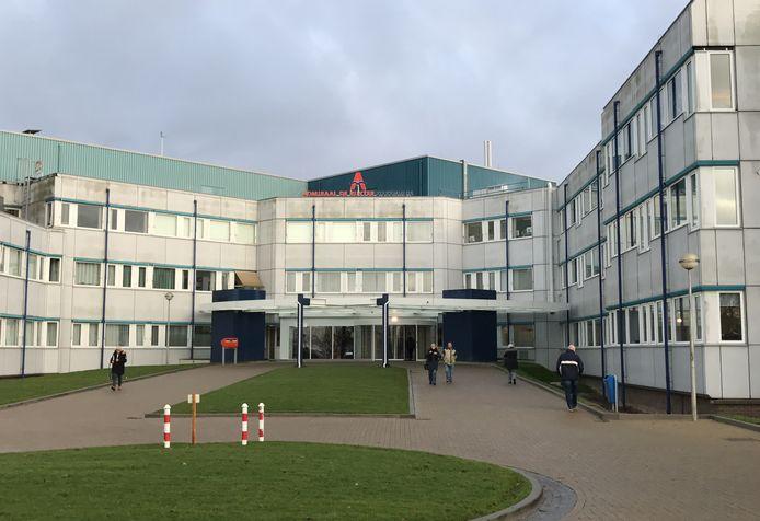 De ingang van het ADRZ-ziekenhuis in Goes.