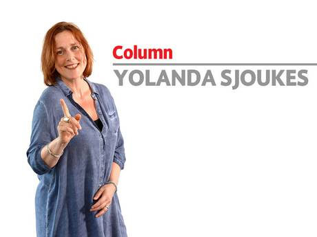 Dat tikkie van Melania was best mild, vind ik. Zo'n lomperik verdient op zijn minst een pak op zijn presidentiële blauwe broek!