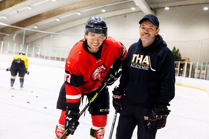 Trainer/coach Leo van den Thillart en aanvoerder Niels Barneveld van Red Eagles.