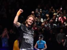 Federer moet hoofd buigen voor Tsitsipas en loopt finaleplaats mis