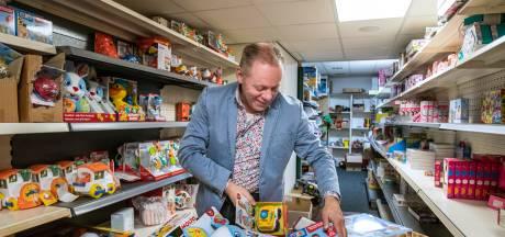 Inpakpiet Erwin bedient met zijn digitale speelgoedwinkel vanuit Lettele bedrijven in heel Nederland