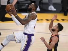Les Lakers de LeBron écrasent les Warriors, les Bucks d'Antetokounmpo enchaînent