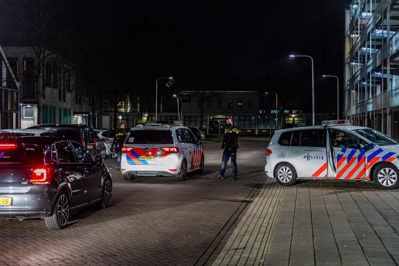 Grote politie-inzet voor aangekondigde rel in Tilburg.