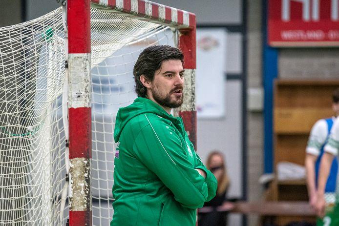 Coach Geert Hinskens moet het verlies van twee zwaargeblesseerden opvangen.