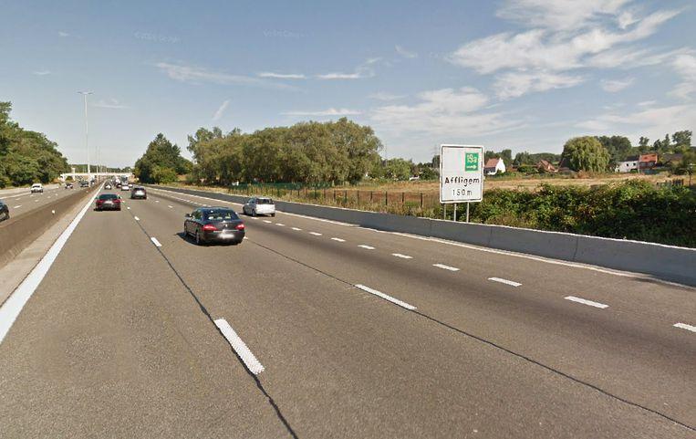 De afrit van de E40 in Affligem.