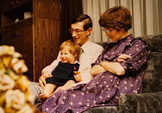 An et ses parents à Noël 1979. La petite fille est alors âgée de 2 ans.
