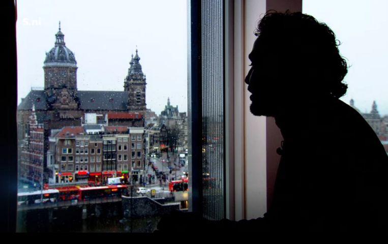 Aziz A. geeft een interview in Amsterdam.  Beeld Nieuwsuur