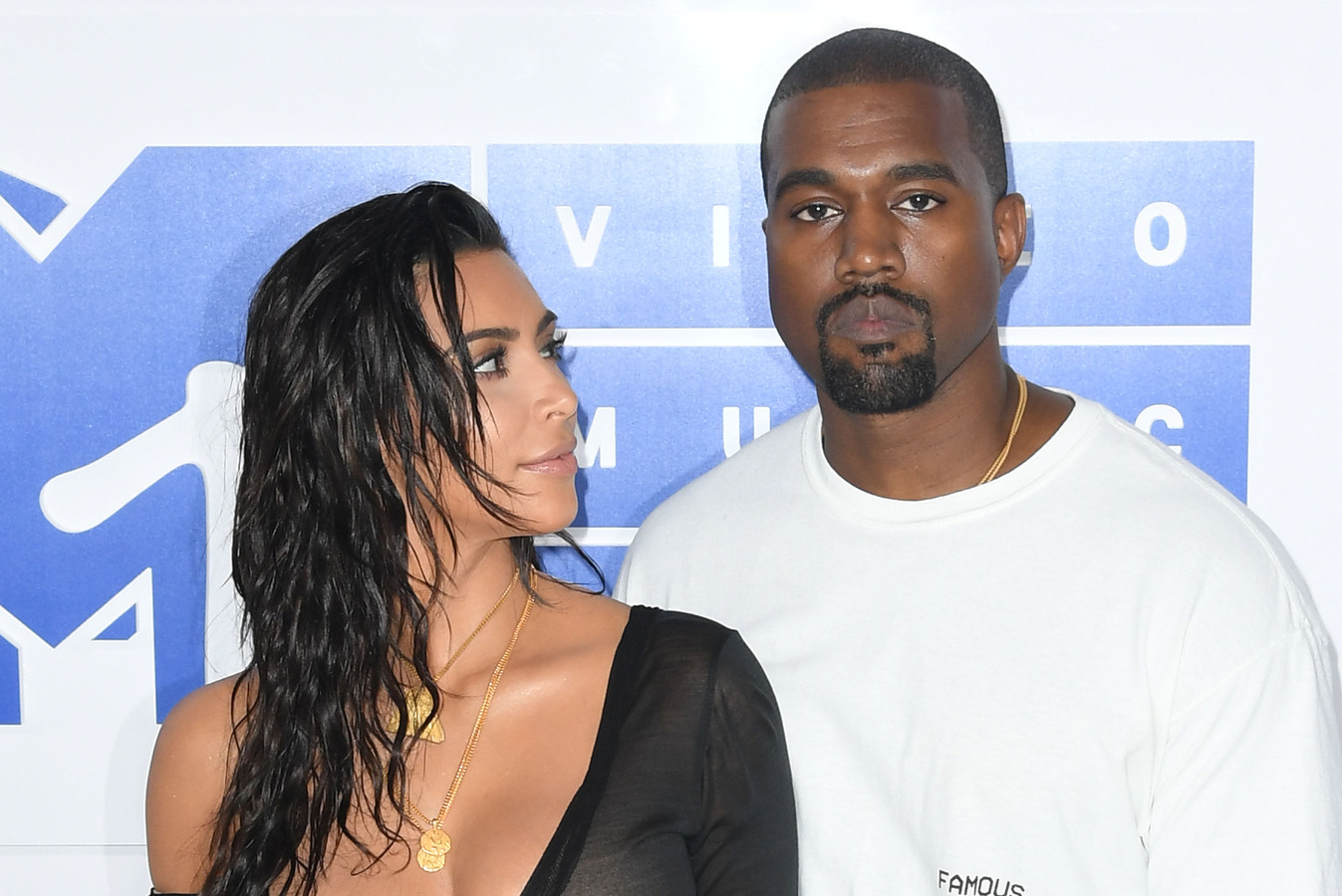 Kanye West en Kim Kardashian gaan scheiden.