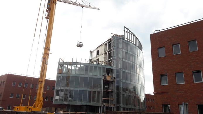 Sloop van het voormalig gemeentekantoor Meander in Nieuwegein.
