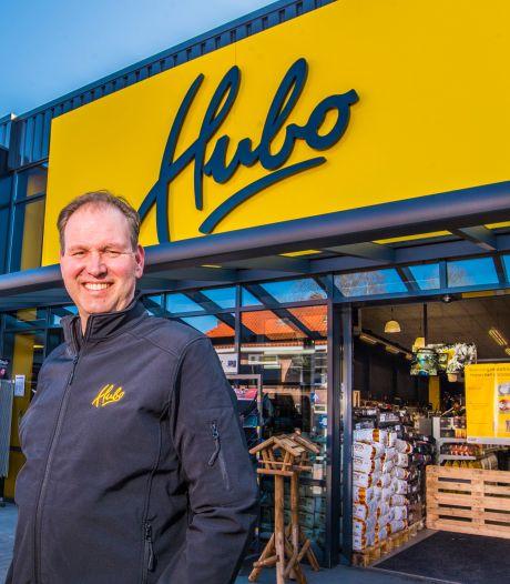Ook in de nieuwe Hubo weet de Oldenzaalse eigenaar  Bas Hulsink elk schroefje te liggen