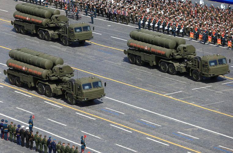 Het luchtverdedigingssysteem S-400 tijdens een militaire parade in Moskou. Beeld REUTERS
