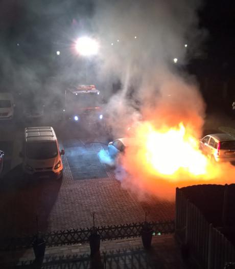 Onderzoek autobranden Culemborg gestaakt, daders liggen op het kerkhof