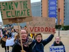"""Les élèves """"en grève"""" autorisés à marcher une nouvelle fois pour le climat"""