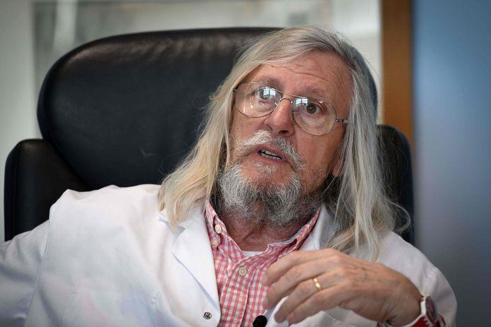 Didier Raoult  est l'un des experts mondiaux en matière de maladies infectieuses et tropicales, à la tête de l'Institut hospitalo-universitaire (IHU) Méditerranée Infection à Marseille depuis 2011.