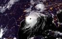 Een satellietfoto van orkaan Laura aan de kustlijn van Louisiana en Texas.