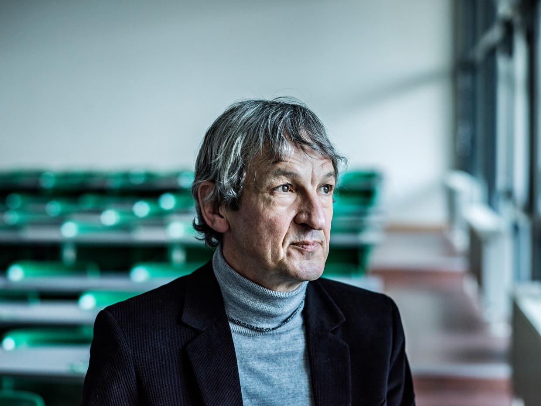 'Als we de winst die we uit de huidige productie halen op dezelfde manier zouden verdelen als in de jaren 70, zouden we nog maar vijftien of twintig uur per week moeten werken' Beeld Johan Jacobs