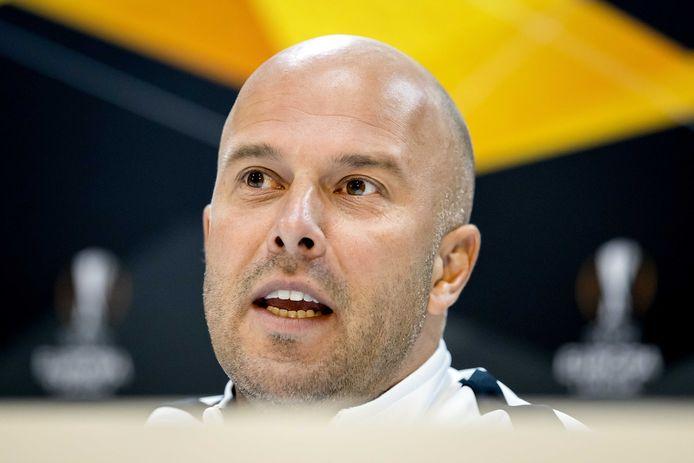 AZ-coach Slot vandaag tijdens de persconferentie.