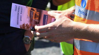 """Privéfirma bewaakt vijf snelwegparkings: """"Elke dag acties, zolang het nodig is"""", parking Groot-Bijgaarden niet langer dicht"""