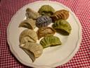 10 dumplings per box, in verschillende kleuren, blijkt een heel royale portie