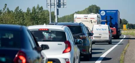Onderhoudsbeurt voor 'lawaaibrug' en meerdere pechgevallen zorgen voor flinke file op A7 tussen Scheemda en Winschoten
