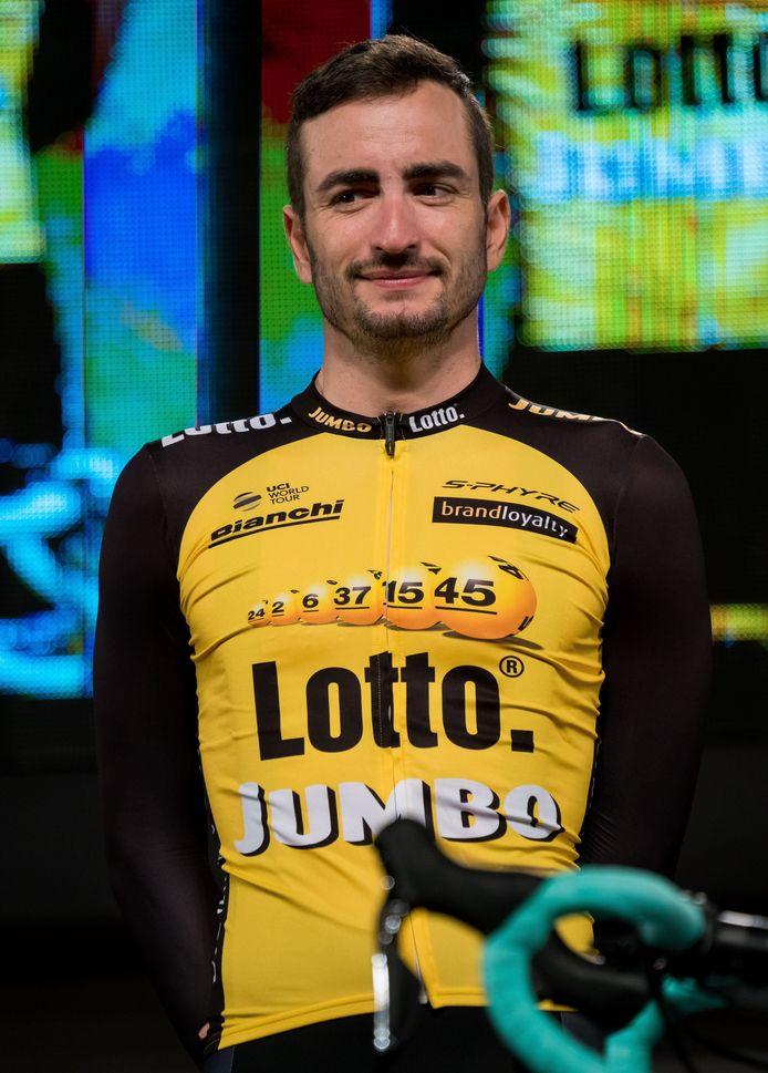 Juan-José Lobato.