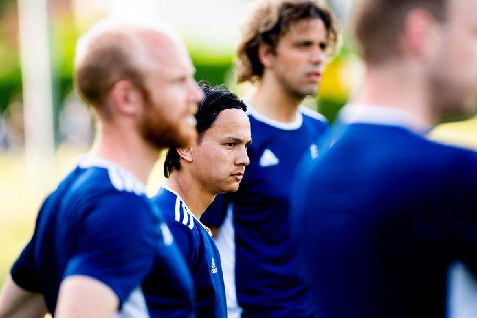 Levi Opdam staat bij Columbia op het trainingsveld, maar het blijft nog onduidelijk of hij ook bij de eersteklasser gaat spelen.