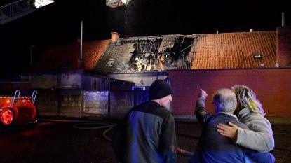 Man sterft in hevige woningbrand in Ardooie